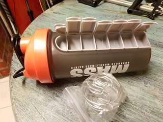 Promatrix Protein Shaker with Pillbox