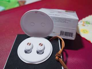 New sudio niva ear phone (white)