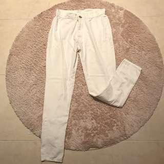 White long pant ( 3 for 100k)