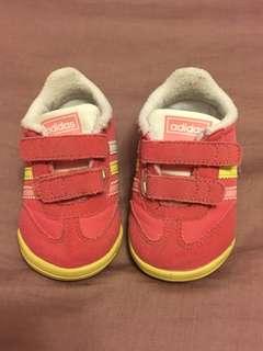 Addias 嬰兒鞋