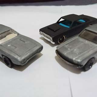 Hotwheels and Tomica loose set