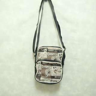 三件7折🎊 Converse 側背包 肩背包 斜背包 黑 復古大圖logo 老品 極稀有 復古 古著 Vintage