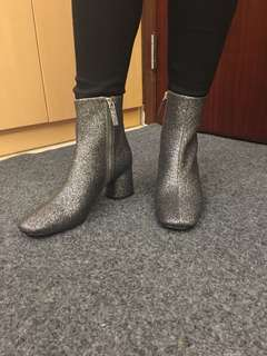 Marc Jacobs Silver Boots 閃銀色短Boots