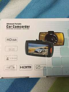 Camcorder can use powerbank and sim.