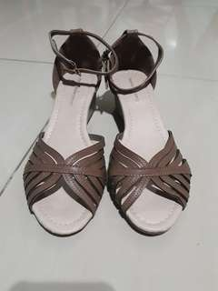 Mendres Lyra Sandals -size 38