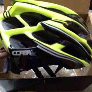 CORSA 單車騎士安全帽