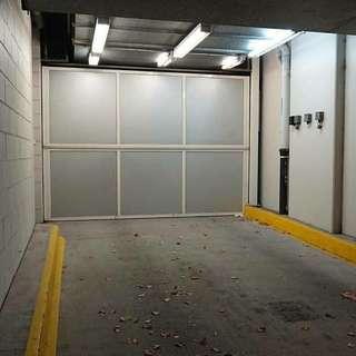Melbourne CBD parking spot rent