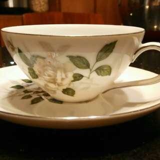 中古日本製造全新手繪杯碟(六套)