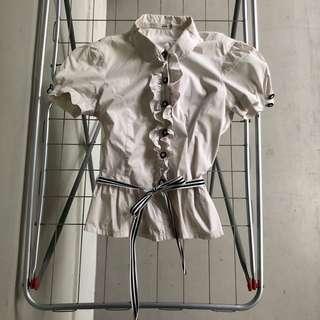 Blouse / white top