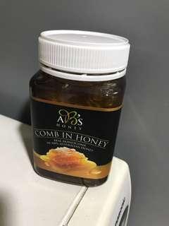 全新 購自澳洲 AB's honey comb in honey 500g