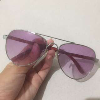 H&M Sunglasses kacamata ungu look a like
