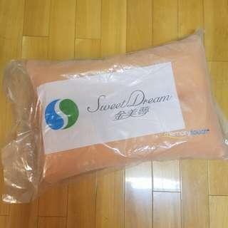 最後一個 6折 金美夢枕頭 1個 memory touch pillow aeon sell 338