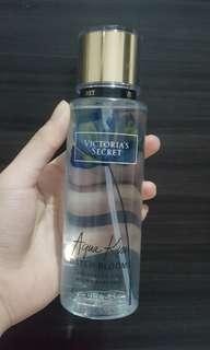 Victoria's Secret Aqua Kiss Water Bloom Mist