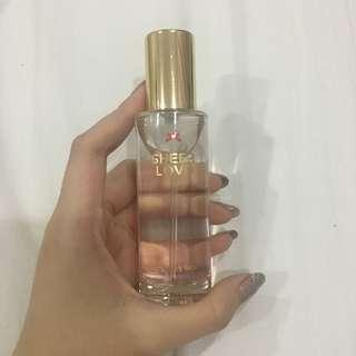 Victoria Secret Sheer Love Parfume