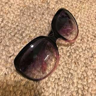 Womens fashion sunglasses 🕶