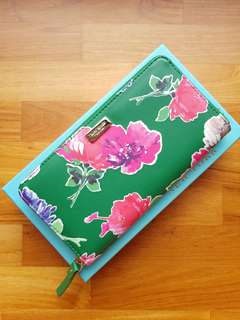 Kate Spade Neda Brightwater Drive Floral Large Wallet (Sold out Design!)