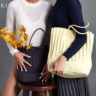 Pleated Shoulder Tote with Bag Organizer
