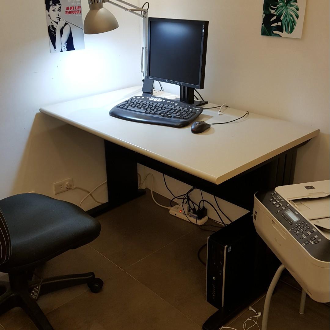 電腦桌 OA 辦公桌 黑色鐵腳 120*70*74