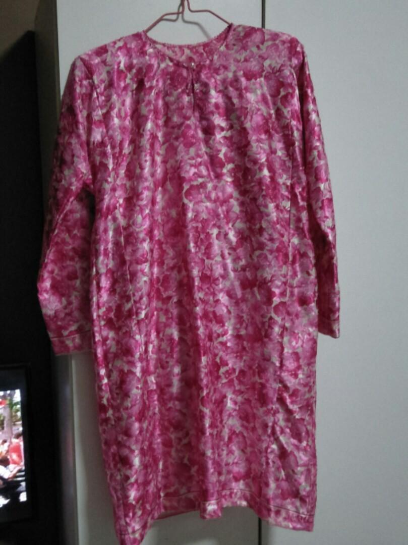 Reduced To Clear Baju Kurung Pesak Now For 1500 Womens Fashion Kamera Mini Gantungan Spy Cam Clothes Hook Photo