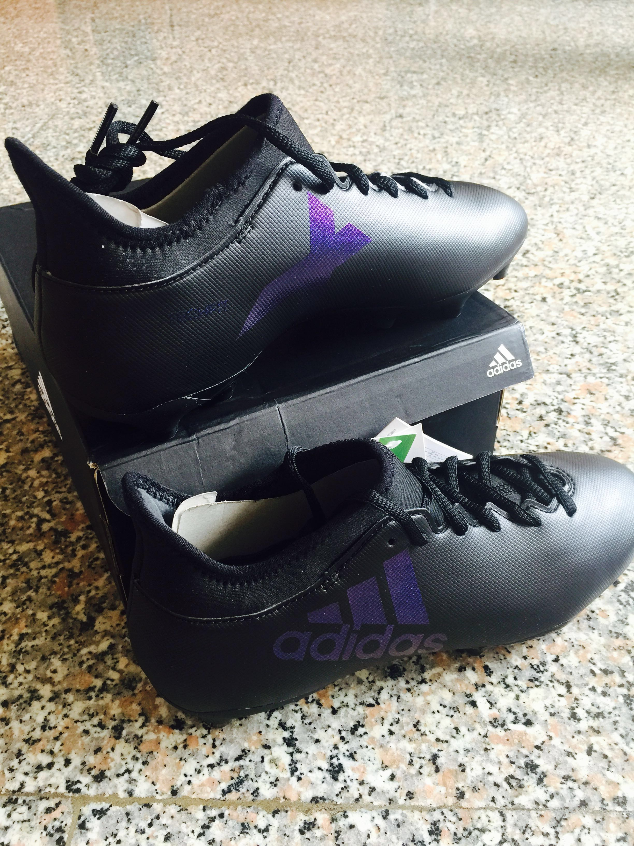 2a2b2c69646 BRAND NEW Adidas soccer boots