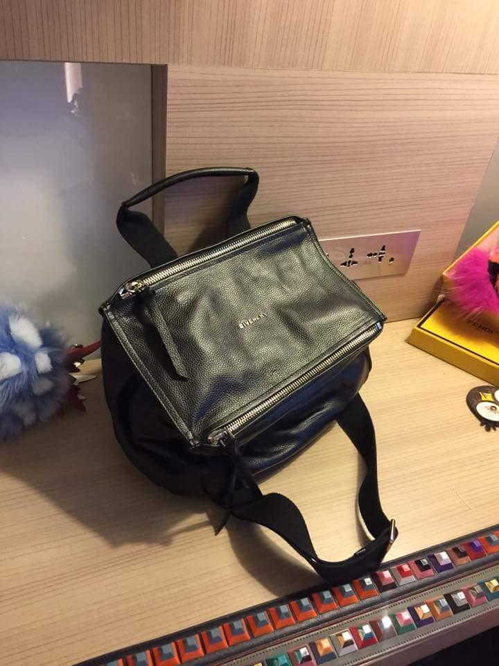 Givenchy Pandora 2830a2415fd00