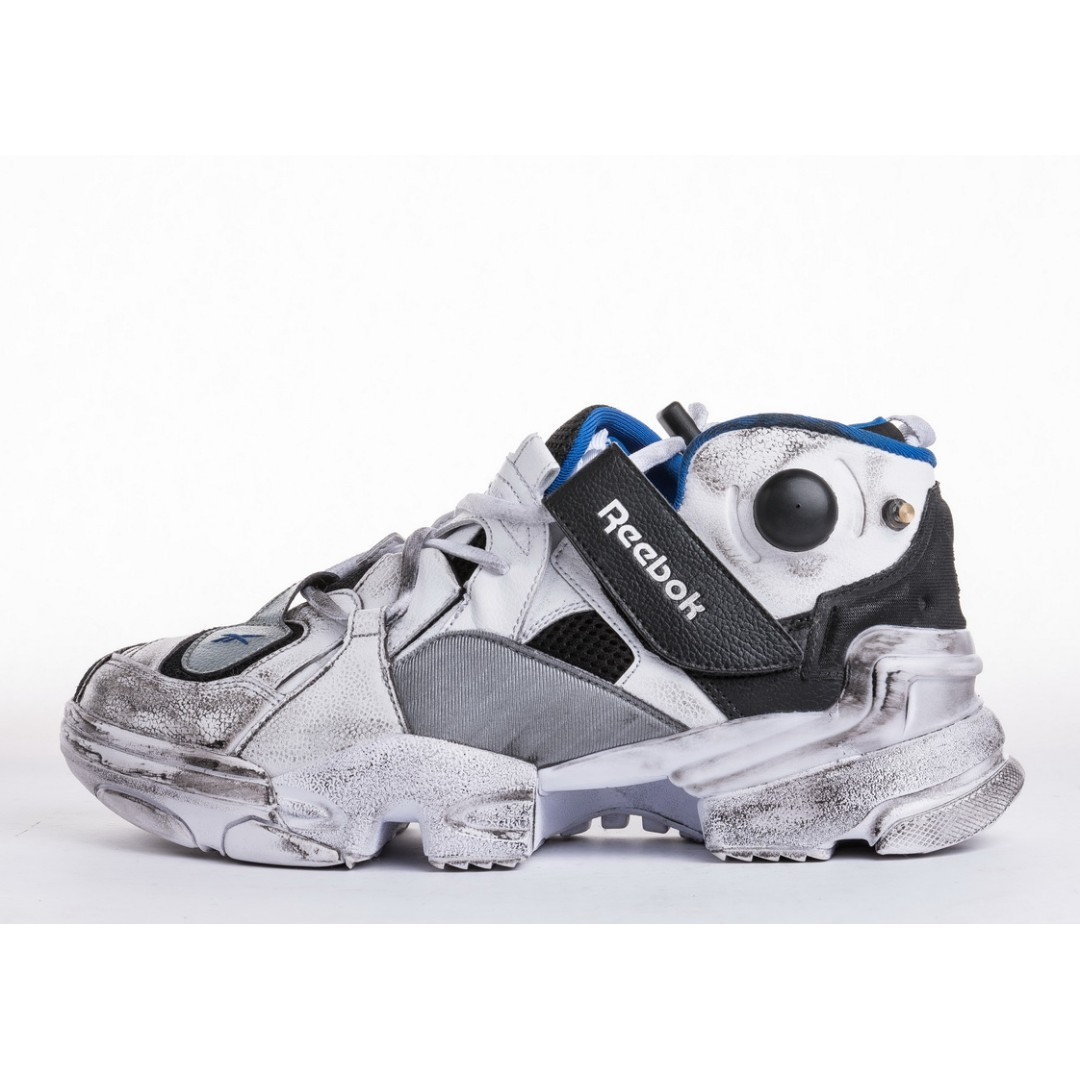 VETEMENTS x Reebok Genetically Modified Pump d5577e317