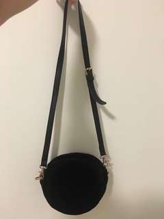 The White Pepper Black Velvet Round Crossbody Bag