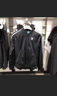🚚 正品adidas original 三葉草 三線立領夾克外套