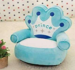 SOFA CHAiR rt/rs-P700 Size : 13 x 23 inches Good For 2-5yrs old Soft Fiber ang Laman Code : Jl Photo Credits to the Owner ⚠PAYMENTS FiRST POLiCY , NO PAYMENTS NO PROCESSiNG ⚠ALWAYS HAVE AN OPTiONS ( 2-3 COLOR/DESiGN /FASTMOViNG
