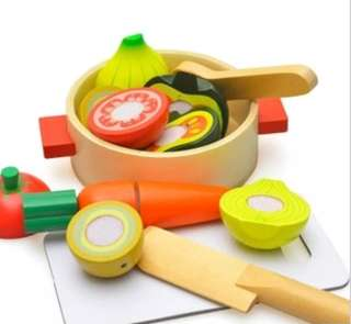 *In Stock*⚡SPECIAL OFFER⚡BN Wooden Cutting Velcro Vegetable Soup Play Food Cooking Set