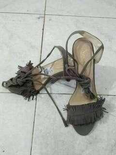 Sepatu rumbai