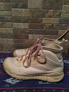 Nike sfb trainer super rare