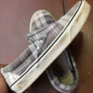 Vans slip on plaid, size 8,5