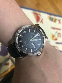 88%NEW TISSOT 全自動日曆星期瑞士機芯 快跳日曆 水晶玻璃 38mm大裝 淨錶 $2080