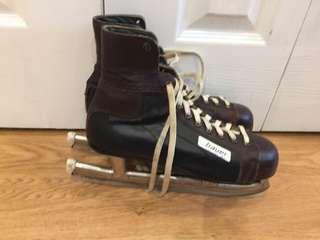Vintage Bauer Leather Hockey Skates Size 7