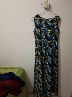 Long dress size L