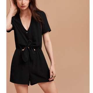 59107f22f73 Aritzia Wilfred Croisées Romper Jumpsuit - Black (Size Large)
