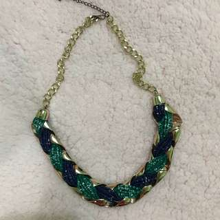 Statement necklace beaded