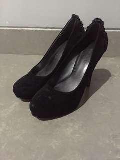 Ninewest black pump heels