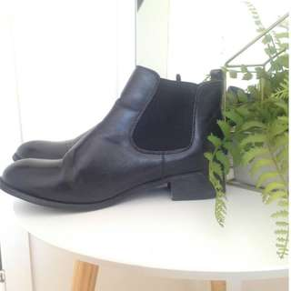 Betts Black Leather Ankle Boots