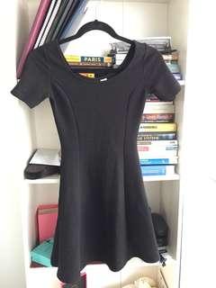 H&M black dress size 4