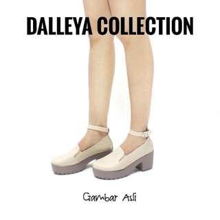 Dalleya Tamiya Sepatu Boot Heel