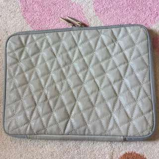 One Case soft Quilted Case for Macbook 13inch