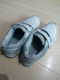 Dr Kong PE Shoes Size 36 返學鞋