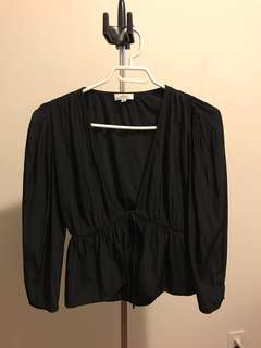 Aritzia Wilfred Shanina Blouse in Black size S