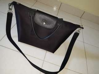 AUTHENTIC LONGCHAMP LEPLIAGE NEO FOR SALE!!!