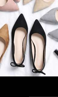 !NEW Pointed Flat Shoes