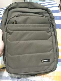 National Geographic Pro backpack