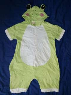 Frog costume 3-5 yrs old