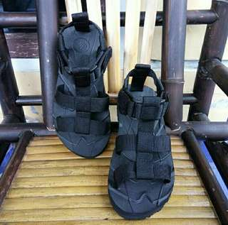 Sandal Gunung Suzuran Crosser Mr1 Full Black